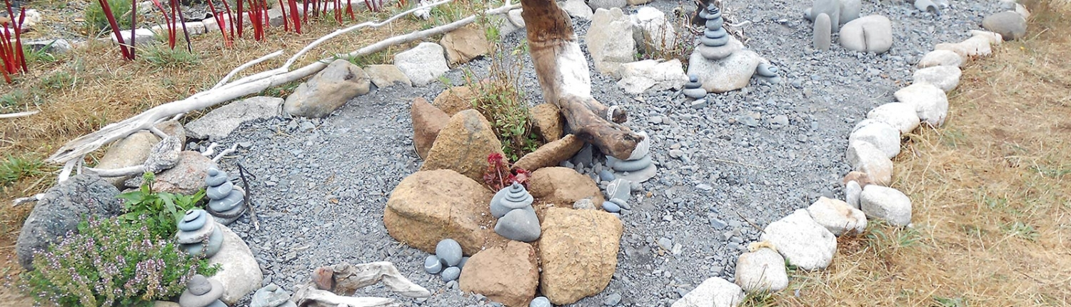 Rock and Driftwood Art